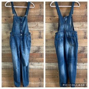 Forever 21 distressed denim jean overalls Size 25